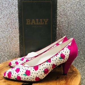 Vintage BALLY Multicolor Floral Pump Heels 38 1/2